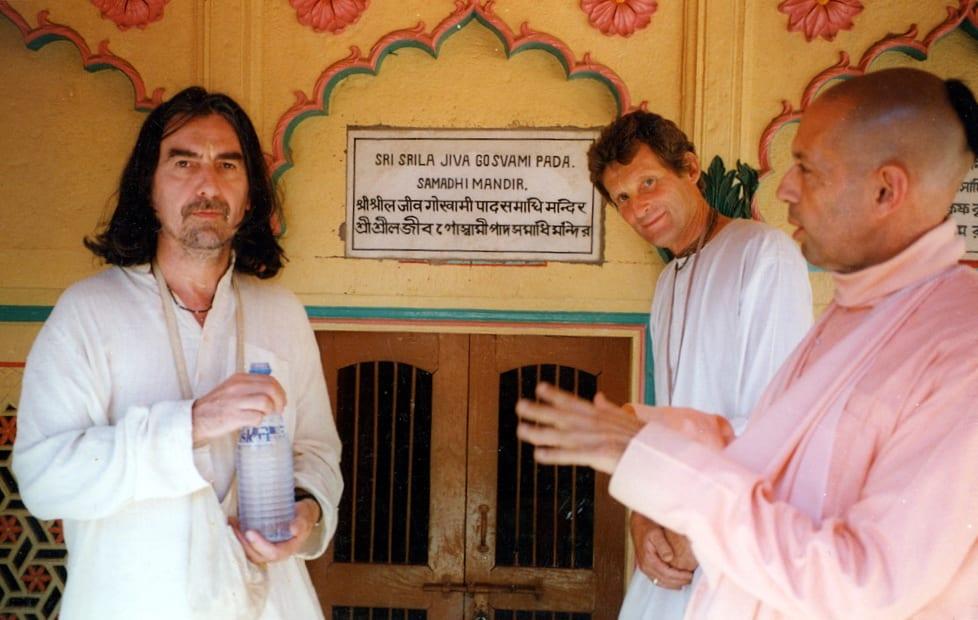 George Harrison, Shyamasundara Dasa, and Mukunda Goswami in Vrindavan in front of Jiva Goswami Samadhi, 1996
